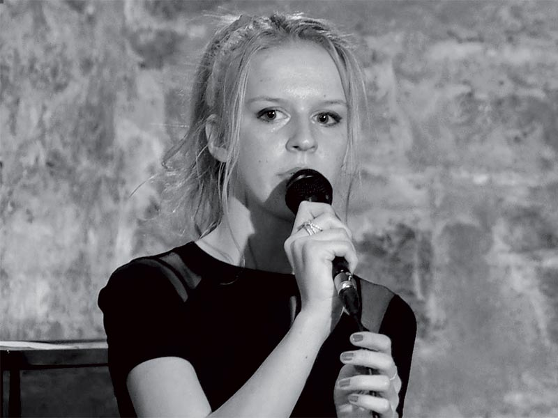 Louise Églantine